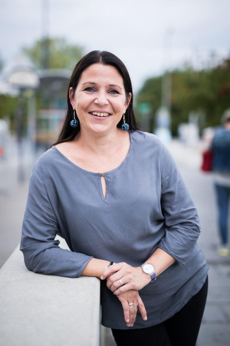 Sandra Frysak Porträt